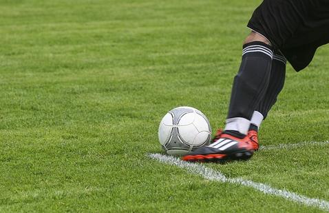 スポーツでの腰痛の原因はコレです